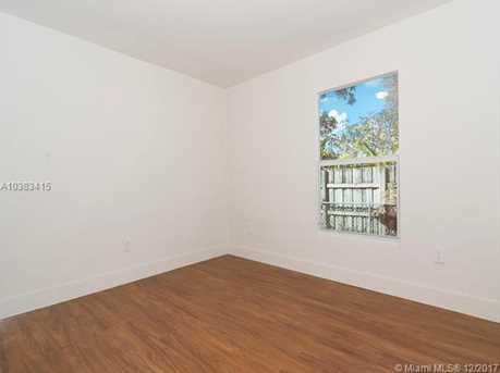4228 NW 1st Ave - Photo 28