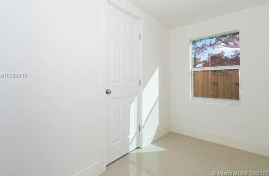 4228 NW 1st Ave - Photo 32