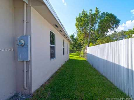 4228 NW 1st Ave - Photo 44