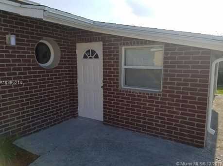 544 NW 13th Ave - Photo 2