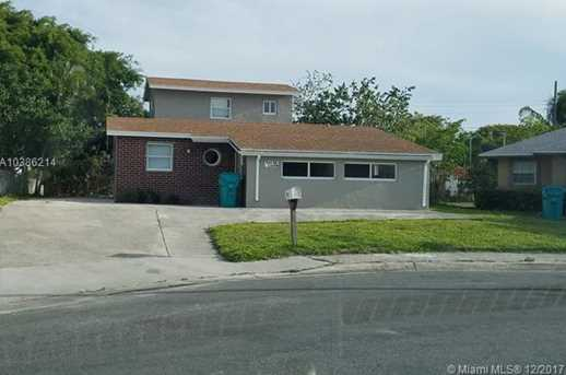 544 NW 13th Ave - Photo 1