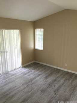 1560 Canary Island Dr - Photo 8