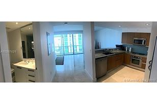 1050 Brickell Av #3212 - Photo 1