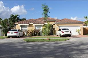 14323 SW 163rd Ter - Photo 1