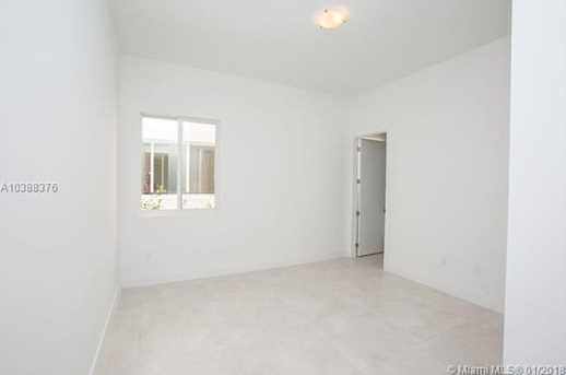 10250 NW 74th Terrace - Photo 30