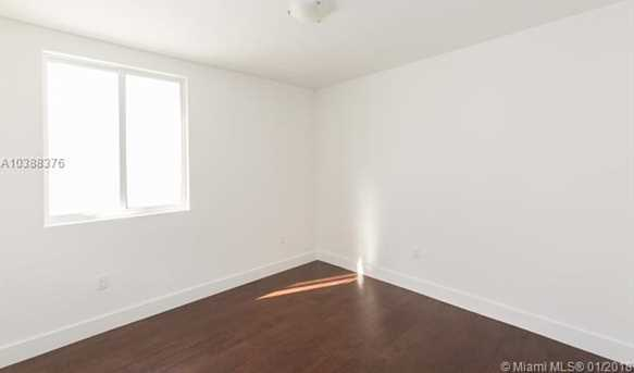 10250 NW 74th Terrace - Photo 26