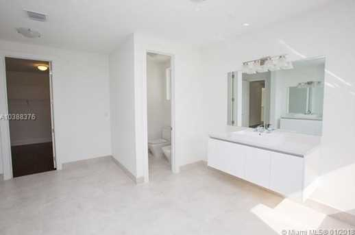 10250 NW 74th Terrace - Photo 28