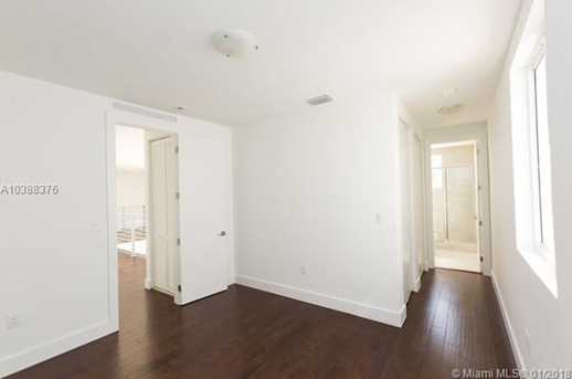 10250 NW 74th Terrace - Photo 20