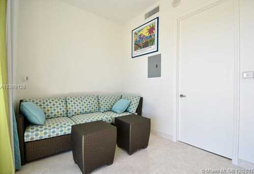 16047 Collins Ave #CAB 7 - Photo 2
