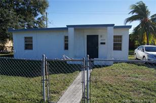 2020 NW 167th St - Photo 1