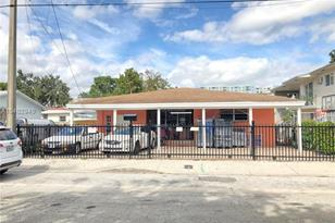 575 NW 33rd St - Photo 1
