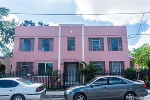 228 NW 34th St #1 - Photo 1