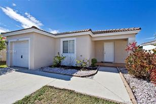 2444 SW 103rd Ave - Photo 1