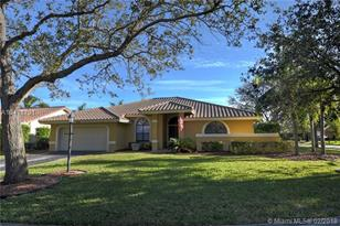 9144 NW 53rd Mnr - Photo 1