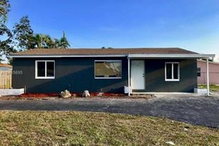 1318 SW 50th Ave - Photo 1
