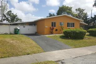 1735 SW 70th Ave - Photo 1