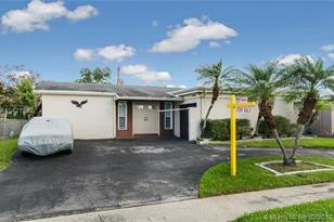 11641 NW 30th Pl - Photo 1