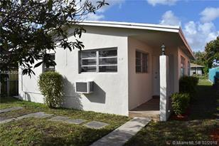 3127 NW 59th St - Photo 1