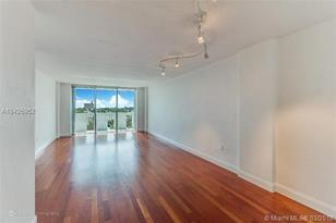 800 West Ave #828 - Photo 1
