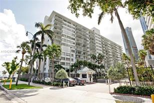 1408 Brickell Bay Dr #207 - Photo 1