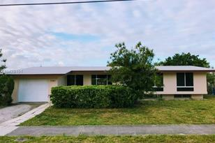 1241 NW 143rd St - Photo 1
