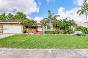 7430 SW 147th Ct - Photo 1