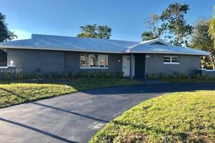 3040 NW 106th Ave - Photo 1
