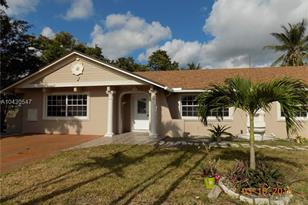 3510 SW 70th Ave - Photo 1