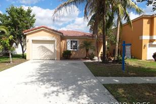 10265 SW 24th Ct - Photo 1