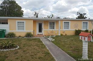 4515 SW 115th Ave - Photo 1
