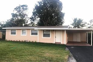 1808 NW 15th St - Photo 1
