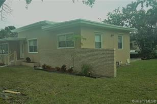 14721 NW 3rd Ave - Photo 1