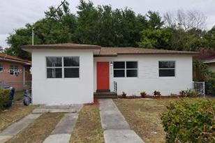 2179 NW 60th - Photo 1