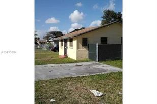 2407 NW 55th St - Photo 1
