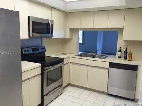 520 Brickell Key Dr #A612 - Photo 24