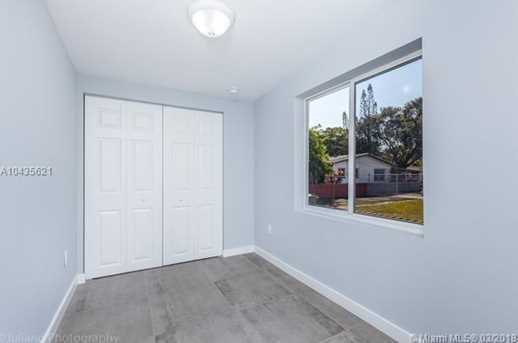 4221 NW 5th Ave - Photo 14