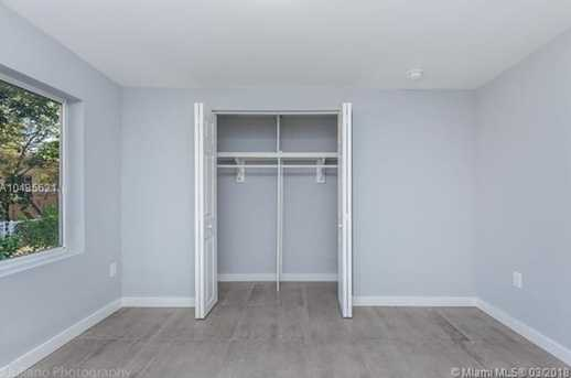 4221 NW 5th Ave - Photo 12