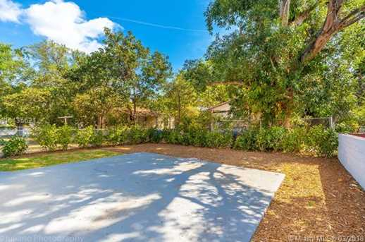 4221 NW 5th Ave - Photo 8