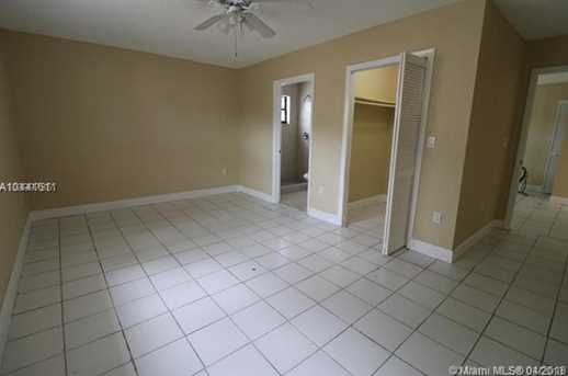2120 NW 93rd St - Photo 10