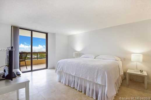 2555 Collins Ave #1708 - Photo 8