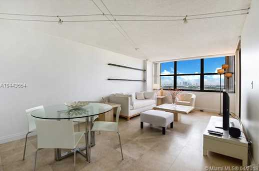2555 Collins Ave #1708 - Photo 2
