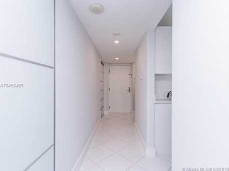 5757 Collins Ave #1802 - Photo 4