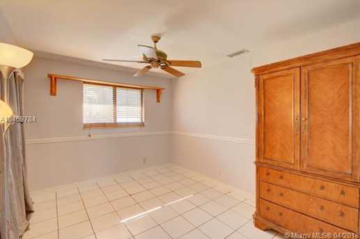 12120 NW 5th Ct #0 - Photo 32