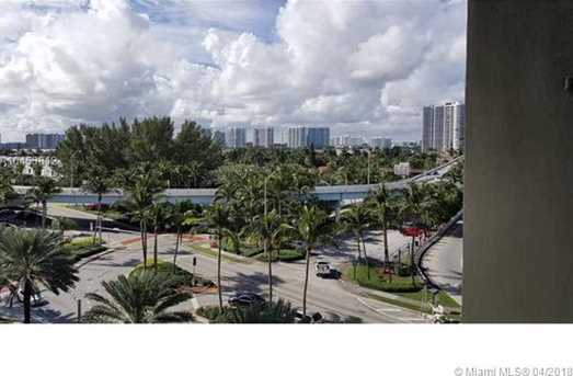 19201 Collins Ave #540 - Photo 8