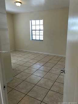 540 NW 30th Ave - Photo 10