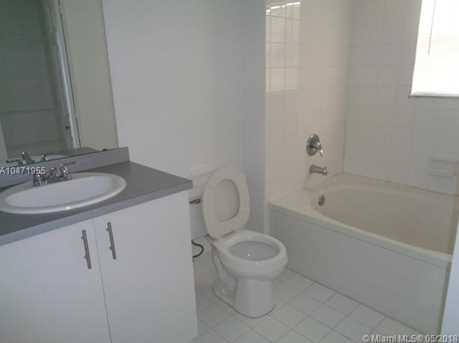 720 SW 111th Ave #207 - Photo 2