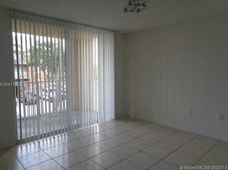 720 SW 111th Ave #207 - Photo 8