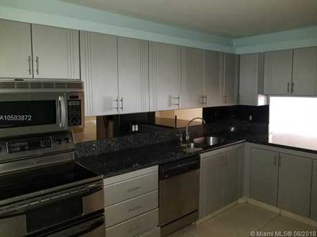 2500 Parkview Dr #914 - Photo 2