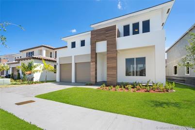 Strange 15056 Sw 175 St Miami Fl 33187 Download Free Architecture Designs Momecebritishbridgeorg