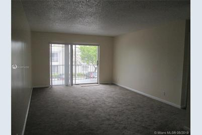 6307 NE Bay Club Dr #3 - Photo 1